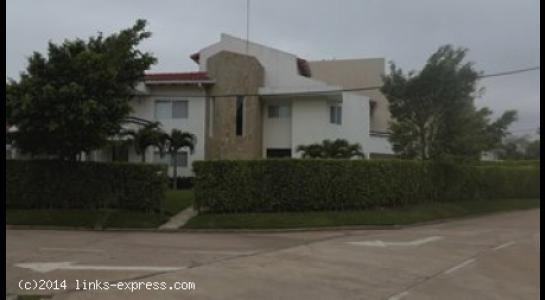 Casa en Alquiler Los Parques Del Urubo  Foto 1