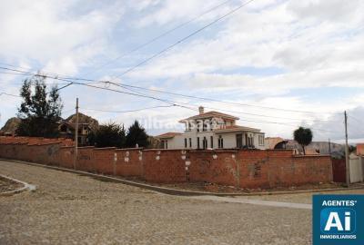Terreno en Alquiler en La Paz Achumani