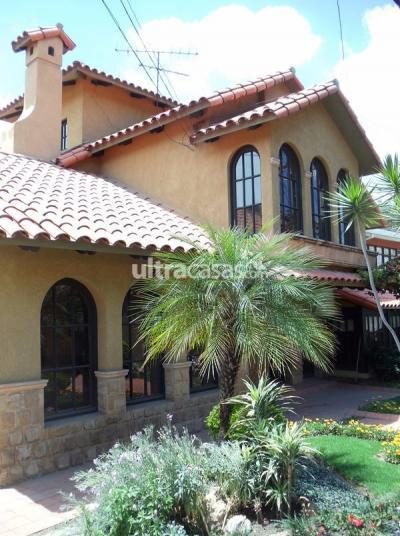 Casa en Venta en Cochabamba Tupuraya PROX. AV. AMÉRICA ESTE - U. CATÓLICA