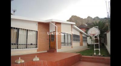 Casa en Venta en La Paz Bolognia Cerca a la Iglesia