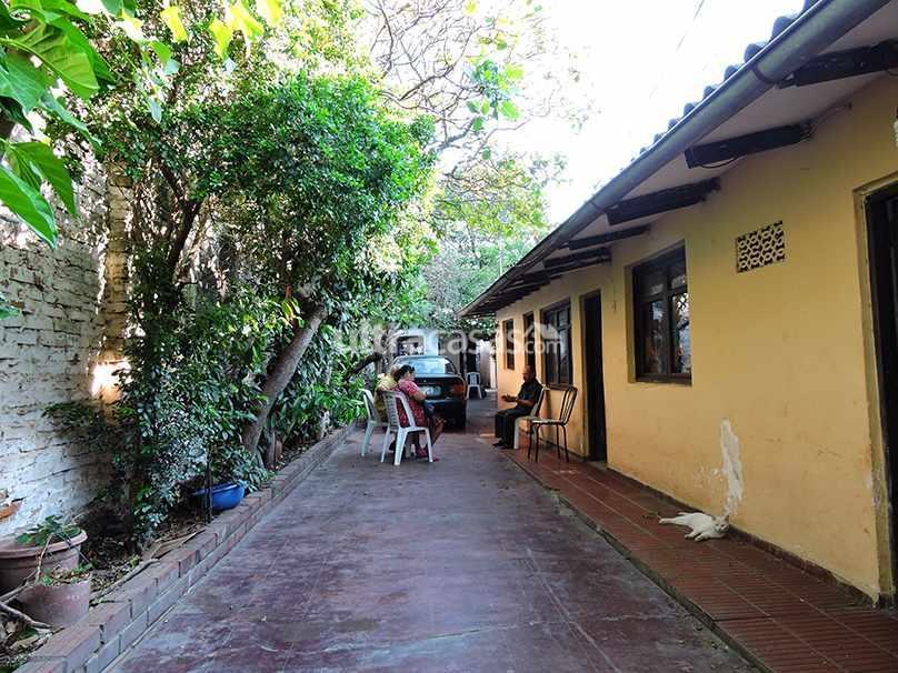 Casa en Venta CALLE RIBERALTA NETRE C/YACUMA Y C/ MAMORE Foto 4