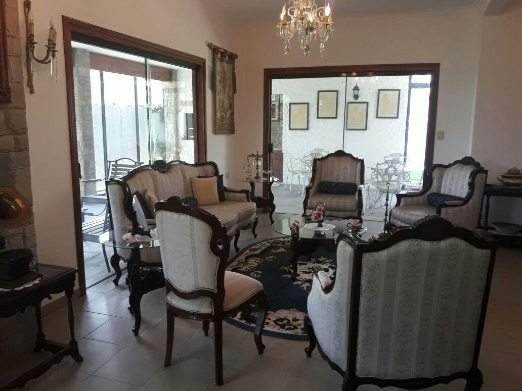 Casa en Alquiler JARDINES DEL URUBO ALQUILO CASA AMOBLADA Y EQUIPADA Foto 3