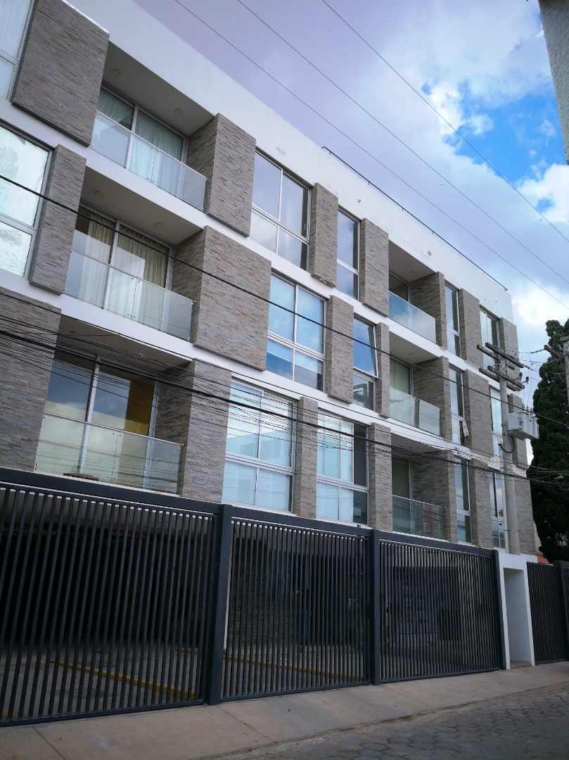 Departamento en Venta Barrio Urbari, a dos cuadras del segundo anillo, Edificio Andreas Premium Loft Foto 6