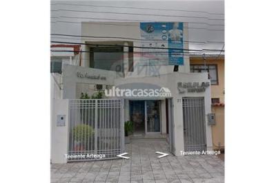 Casa en Venta en Santa Cruz de la Sierra 1er Anillo Norte Calle Teniente Romulo Arteaga