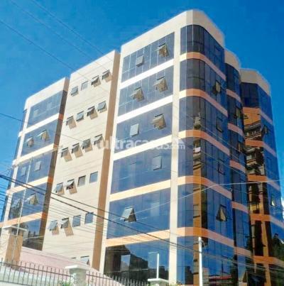 Oficina en Alquiler en La Paz Calacoto Calle Flores Quintela, entre 13 y 14 de Calacoto Edificio DZ #7 , OF. PB