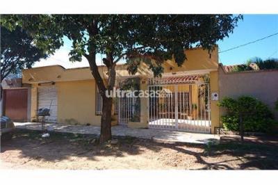 Casa en Venta en Santa Cruz de la Sierra 8vo Anillo Sur Vendo Hermosa casa por la Urbanización el palmar