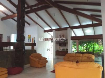 Casa en Alquiler en Santa Cruz de la Sierra 3er Anillo Oeste EN ALQUILER AMPLIA CASA DE 2 PLANTAS EN LAS PALMAS