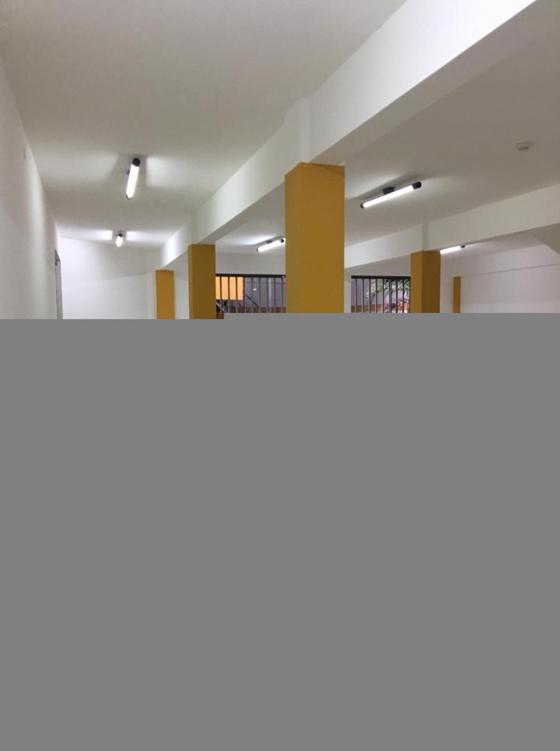 Oficina en Venta 2 anillo Chiriguano Foto 24