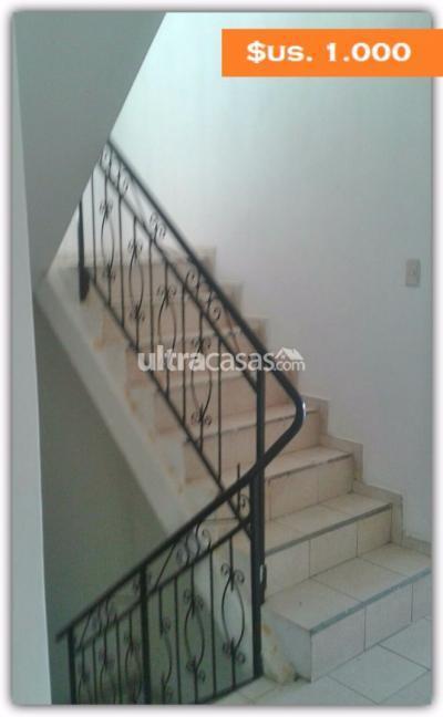 Casa en Alquiler en Santa Cruz de la Sierra 3er Anillo Este HERMOSA Y AMPLIA CASA EN ALQUILER - $1.000.