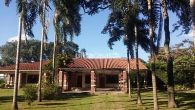 Casa en Venta en Santa Cruz de la Sierra Carretera Cotoca CASA QUINTA CARRETERA A COTOCA IDEAL PARA URBANIZAR O FRATERNIDADES.