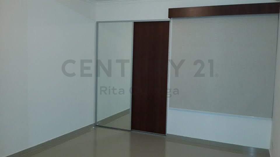 Departamento en Alquiler Av. Las Palmas Esquina Barcelona Foto 4