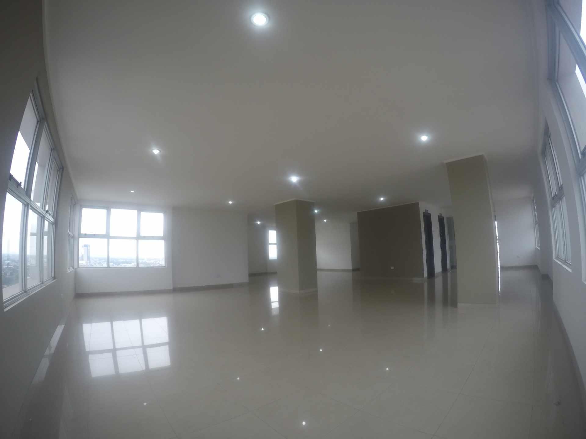 Departamento en Venta Condominio San Antonio [Av. Banzer 2do. y 3er. Anillo], De ocasión vendo departamento de 2 dormitorios sin parqueo. [69.000$us.] Foto 12