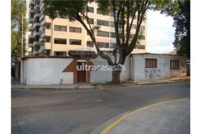 Casa en Alquiler en Cochabamba Muyurina Av. Melchor Urquidi