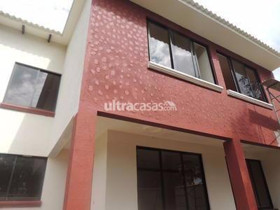 Casa en Venta en Cochabamba Quillacollo CASA EN VENTA DE DOS PLANTAS A ESTRENAS INMEDIACIONES BLANCO GALINDO KM 11