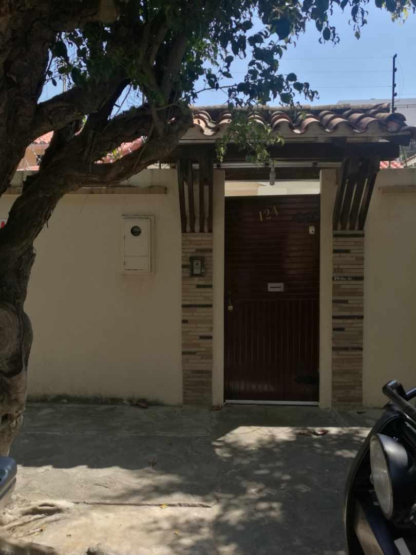 Casa en Venta Equipetrol  Foto 1