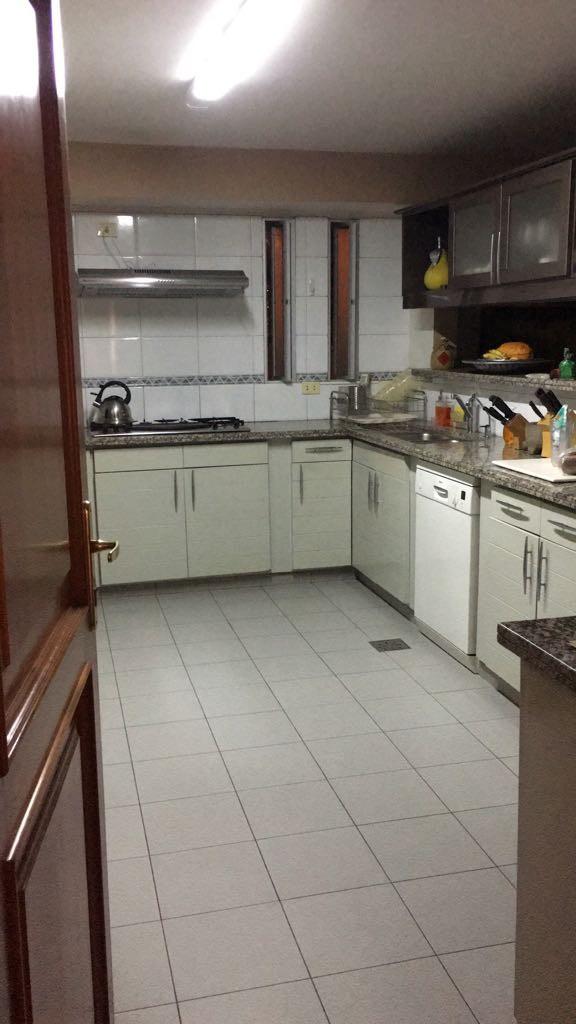 Departamento en Alquiler Av. Las Américas, calle Elvira de Mendoza Foto 12