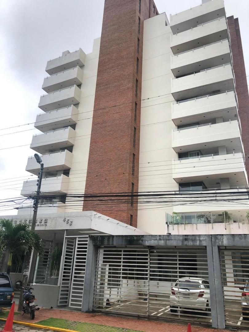 Departamento en Alquiler Avenida Irala calle Gral. Saavedra  Foto 1
