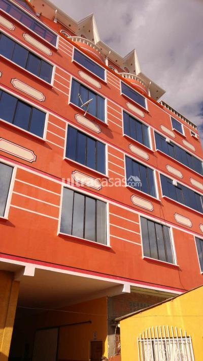 Casa en Venta en La Paz Centro Cruce Viacha media cuadra Av. Julio Cesar Valdés cerca a colegios centro de salud Aeropuerto Aduana central zona muy centrica
