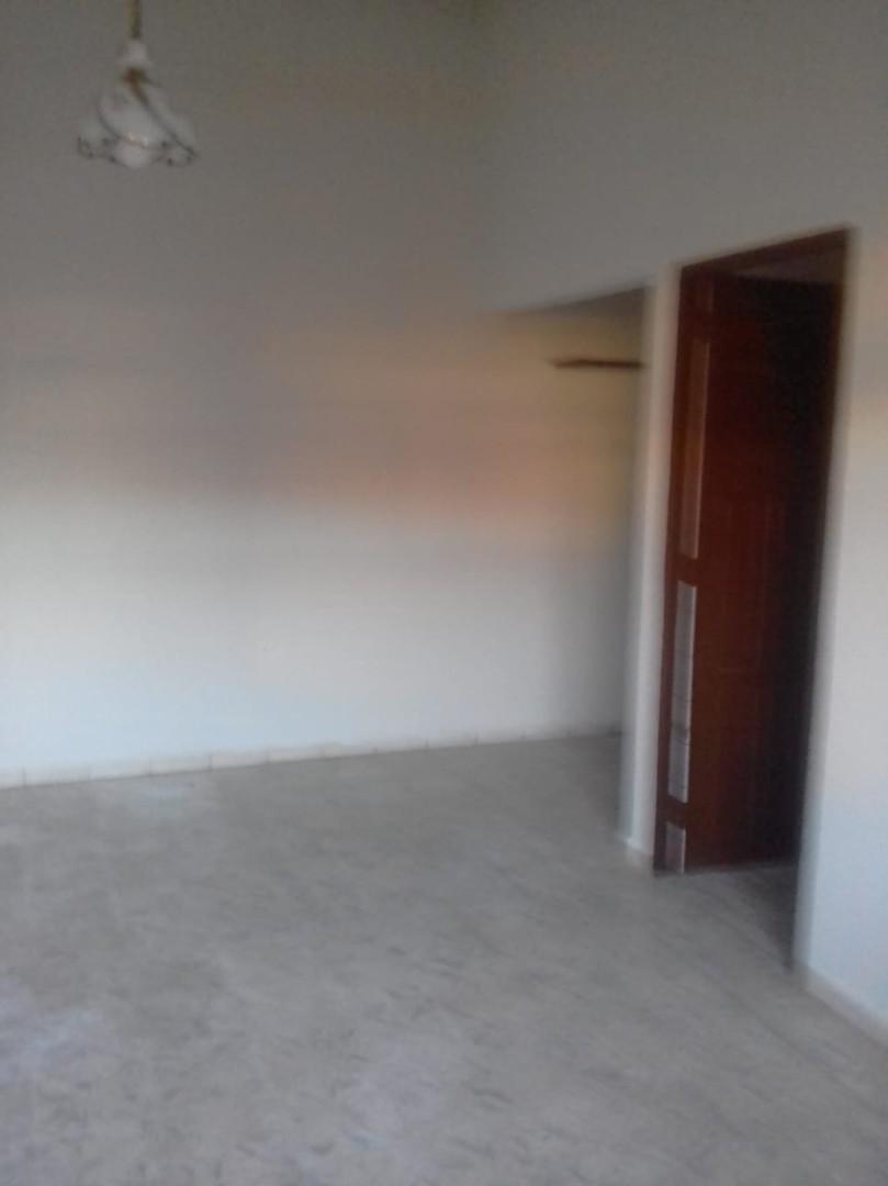 Casa en venta urbanizacion españa zona sur 4 habitaciones 2 baños ...