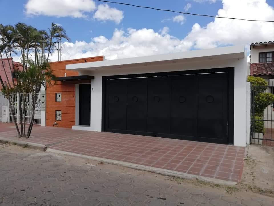 Casa en Venta AV. PIRAI ENTRE 4TO Y 5TO ANILLO Foto 27