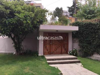 Casa en Venta en La Paz Calacoto Calle 17 No. 8247 Calacoto