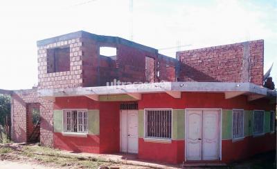 Casa en Venta en Tarija 4 de Julio Casa en venta en Entre Ríos barrio cañaveral a una cuadra de la Subgobernacion, 76190176