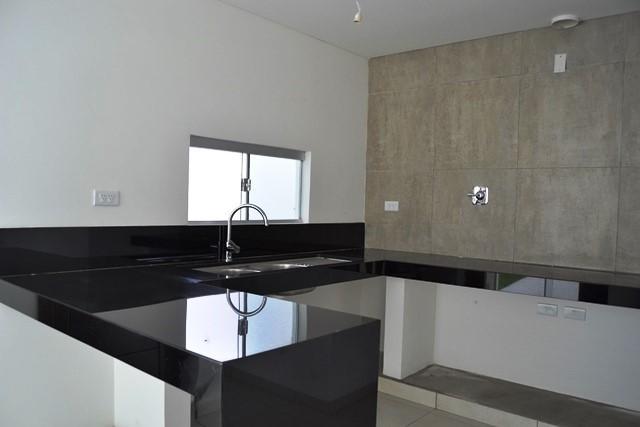 Casa en Venta Zona Norte 5to Anillo En Condominio Cerrado Foto 5