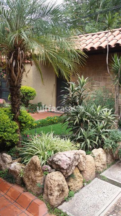 Casa en Venta en Cochabamba Muyurina Cerca a UCatolica