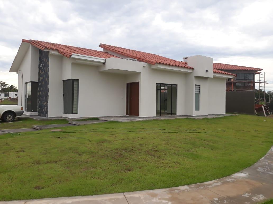 Casa en Alquiler Condominio Santa Cruz de las Colinas Foto 1