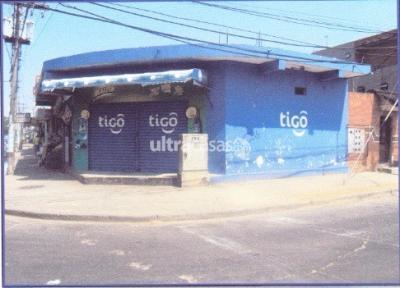 Casa en Venta en Santa Cruz de la Sierra 2do Anillo Norte Av. Mutualista esquina calle las Piñas Nº 2600