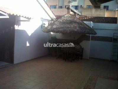 Casa en Alquiler PARAGUA ENTRE 2DO Y 3ER ANILLO Foto 4