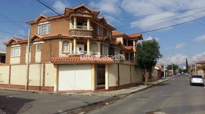 Casa en Venta en Cochabamba La Chimba Km 4 Av Capitán Víctor ustaris entrando a 100 mt del centro de salud Cantuta