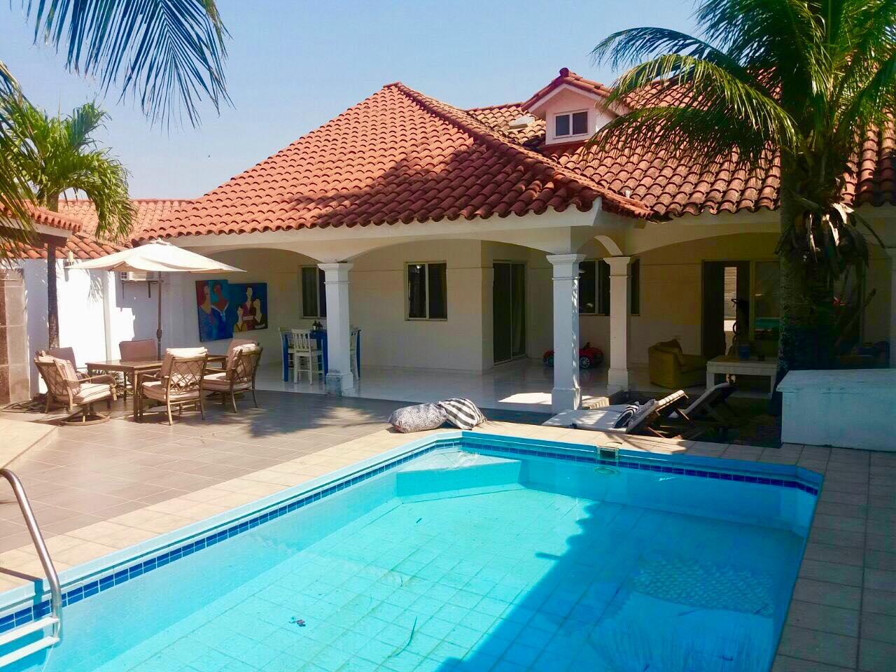Hermosa casa con piscina zona las palmas a pocos metros del country club precio incre ble - Piscina las palmas ...