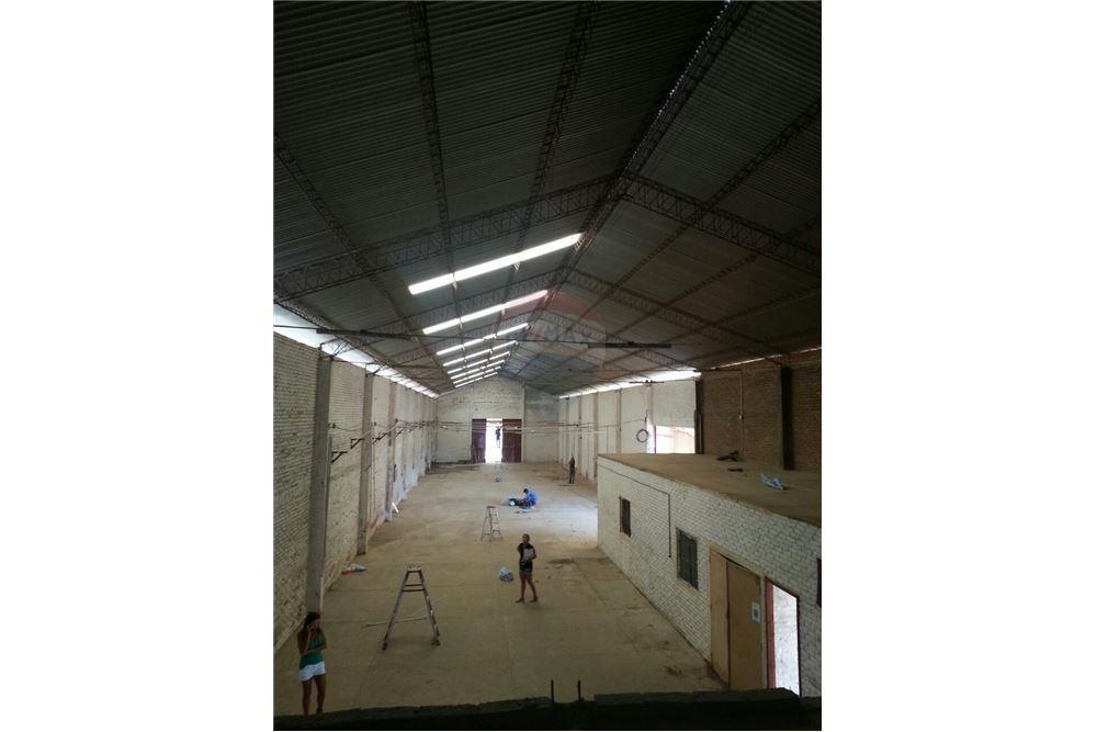 Galpón en Alquiler Parque industrial Foto 1