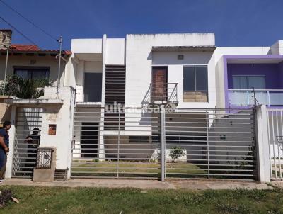 Casa en Venta en Santa Cruz de la Sierra 6to Anillo Sur Ubicada en zona sur, 6to anillo pasando 3 cuadras urbanizacion españa.