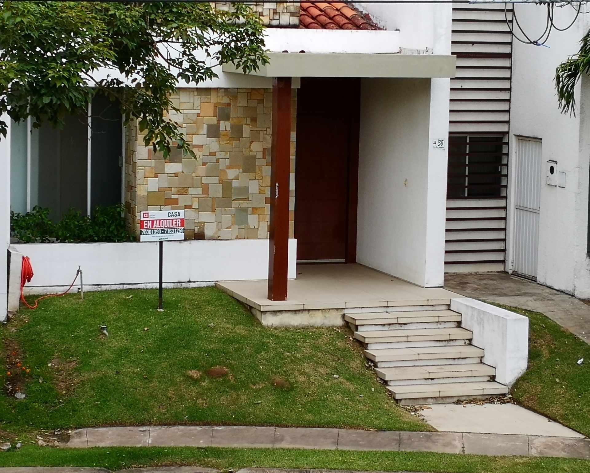 Casa en Alquiler Av. Banzer entre 5to y 6to anillo. Urbanización Ciudad Jardin Foto 1