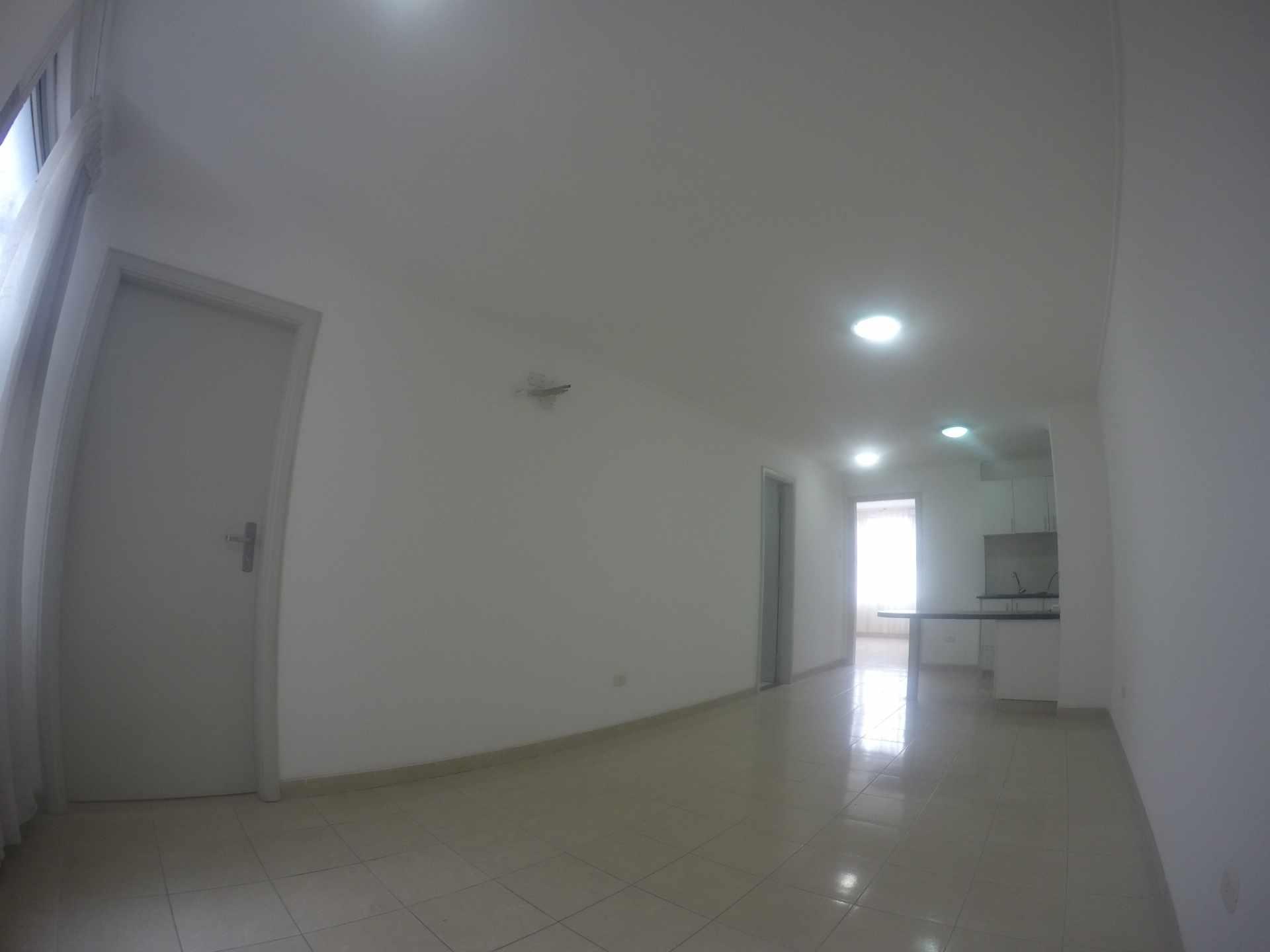 Departamento en Venta Condominio San Antonio [Av. Banzer 2do. y 3er. Anillo], De ocasión vendo departamento de 2 dormitorios sin parqueo. [69.000$us.] Foto 2