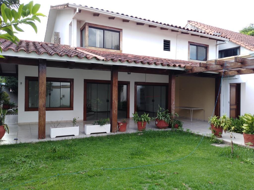 Casa en Alquiler ALQUILO LINDA CASA EN BARRIO PETROLERO SUR (POLANCO) Foto 1