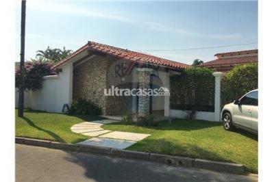 Casa en Alquiler en Santa Cruz de la Sierra 3er Anillo Oeste Radial Castillo esquina Madrid