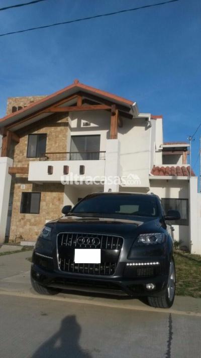 Casa en Alquiler en Santa Cruz de la Sierra Carretera Norte EN ALQUILER CASA TOTALMENTE AMOBLADA