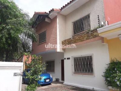 Casa en Venta en Santa Cruz de la Sierra 2do Anillo Este CALLE TTE ROCA PEIRANO PARQUE URBANO