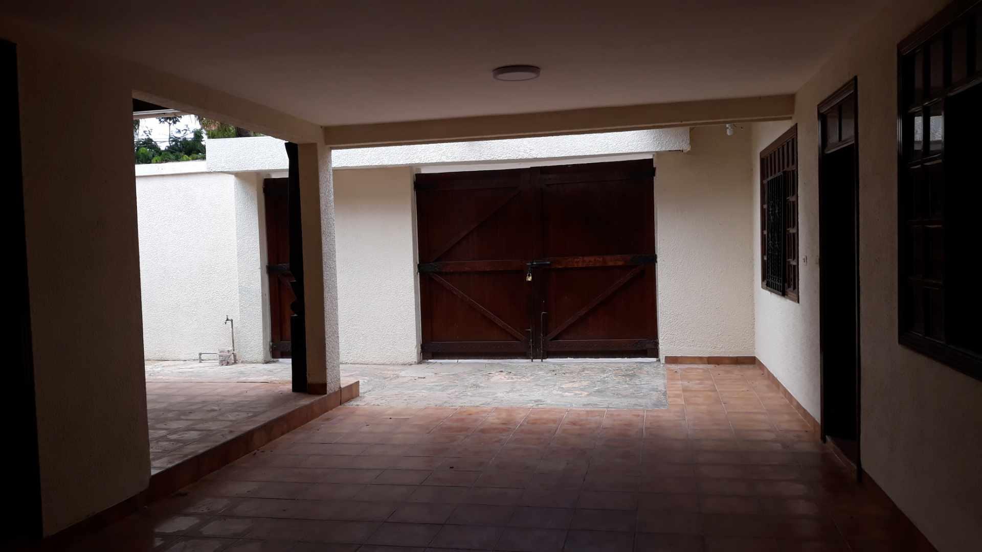 Casa en Alquiler Av. roca y coronado 2do y 3er anillo Foto 3
