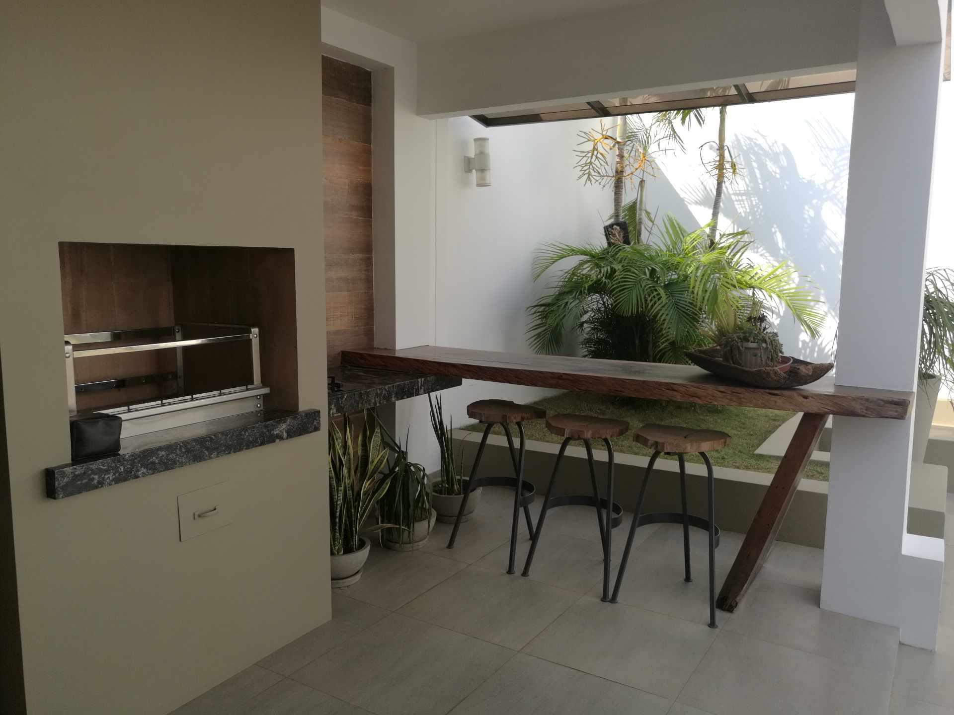 Casa en Venta Condominio La Hacienda I 5to anillo entre Av Cristo Redentor y Av. Beni Foto 7