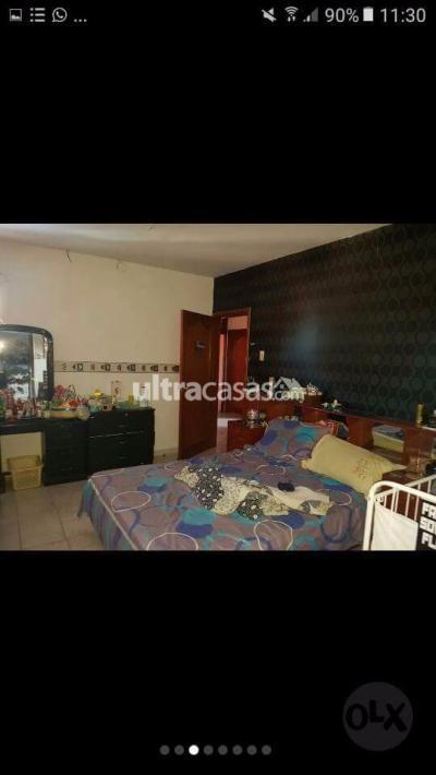 Casa en Anticretico en Santa Cruz de la Sierra 3er Anillo Este EN ANTICRETICO CASA DE 2 PLANTAS ESPACIOSA !!!  ●3 anillo externo y Av/ virgen de cotoca  3 cuadras hacia la Av/ brasil