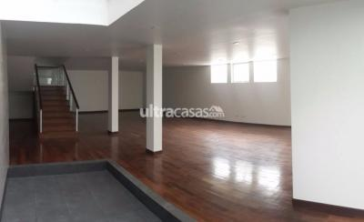 Casa en Alquiler en La Paz Calacoto Final Costanera