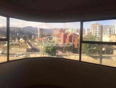 Departamento en Alquiler en La Paz Auquisamaña bajo Auquisamaña de altura calle 17 de Calacoto.