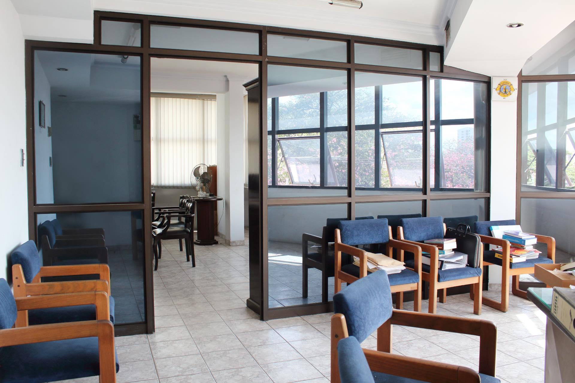 Local comercial en Venta Primer Anillo - AVENIDA URUGUAY Foto 3