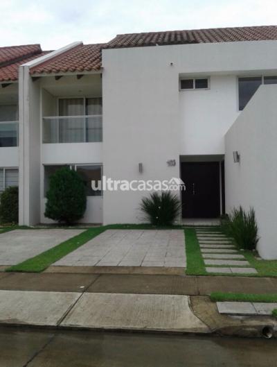 Casa en Alquiler en Santa Cruz de la Sierra 5to Anillo Este AV. Pirai Condominio Cerrado Las Palmas ll
