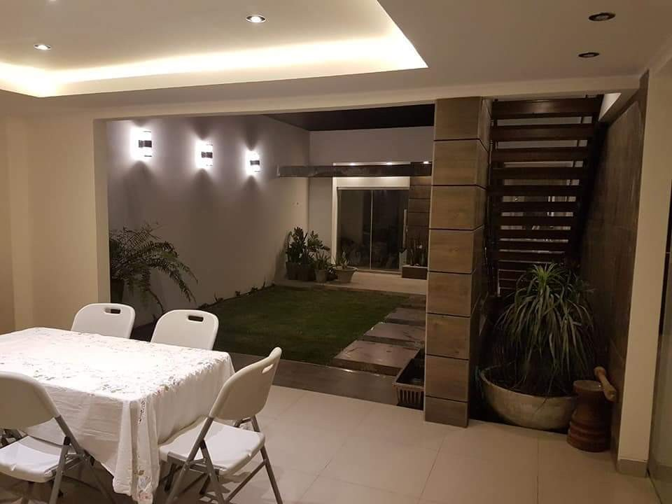 Casa en Venta AV. PIRAI ENTRE 4TO Y 5TO ANILLO Foto 3