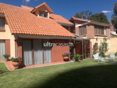 Casa en Alquiler en La Paz Calacoto ZONA SUR — CALACOTO , A MEDIA CUADRA DE LA AVENIDA BALLIVIAN, CALLE 24.